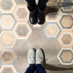 Hexagone BUSHMILLS - Carrelage patchwork hexagonale à motifs géométriques